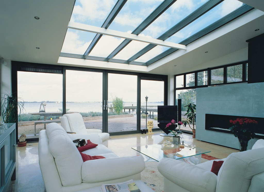 Is-triple-glazing-or-double-glazing-better-with-luxurious-aluminium-windows-and-doors