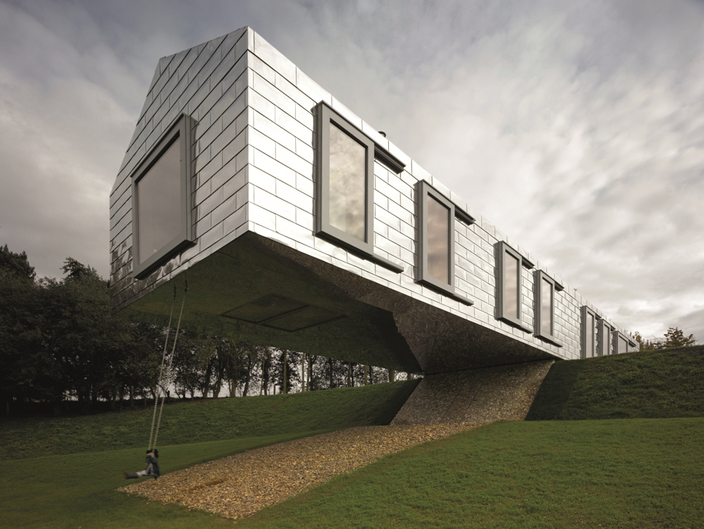 Aluminium windows in Balancing Barn