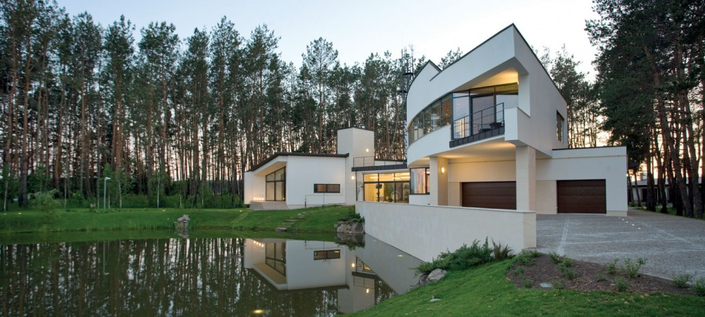Reynaers At Home's cutting edge windows and doors draw on 50 years of design excellence
