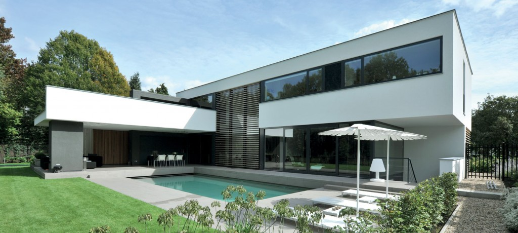 Aluminium Windows and doors in a grand home