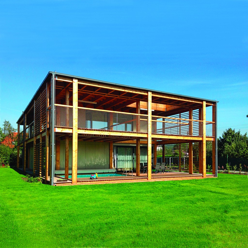 Made-to-measure windows and doors for a simple, yet stunning summer home