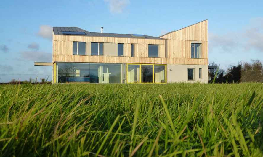 If asked to describe this property most would say it's a spectacular new home designed in an appealing contemporary style, with abundant glass, to let the daylight flood in - that would be perfectly correct. But it might come as a surprise to know it's also one of the most energy efficient homes ever build in Ireland. This property in Meath, featuring large windows and doors, is one of the first homes in the country to meet the exacting standards of Passivhaus. The concept Passivhaus isn't yet familiar to many. Put simply, it's a set of rigorous and voluntary efficiency standards aimed at producing ultra-low energy homes that is growing ever more popular with owners and builders. Huge panoramic windows and doors from Reynaers At Home were fitted in the Meath house to ensure the view of the surrounding countryside could be maximised without compromising the thermal performance of the property. Dublin architects Peter Legge Associates designed the home with an upper storey clad in a refined pale timber while the lower storey was built almost entirely of glass, allowing light to travel through a series of vast windows and doors that were fitted to complement the home's bold, modern aesthetic. The property makes use of an ultra-high insulation sliding door system (we call it CP 155) that contributes to insulation vales lower than 1.0 W/m2K for the glazed element while being able to support huge panes of glass. The CP 155 can support doors up to three metres high and 400kg in weight.