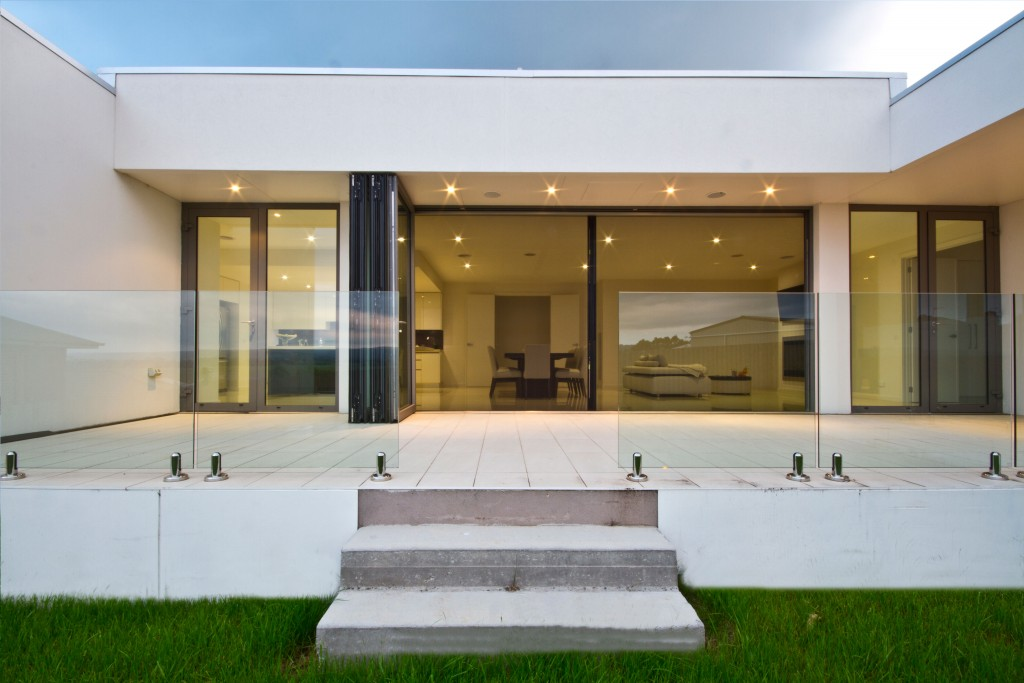 Large aluminium folding patio doors brings the outside in